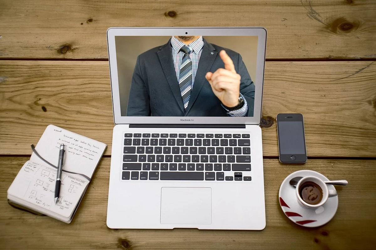 インフラエンジニアがオンライン学習サービスで勉強する方法4選【一部無料】